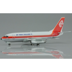 Air New Zealand Boeing 737-219 ~ 1/200 Diecast ~ ZK-NAE