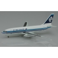 Air New Zealand Boeing 737-219 ~ 1/200 Diecast ~ ZK-NAS