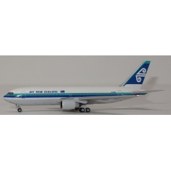 Air New Zealand Boeing 767-219ER ~ 1/400